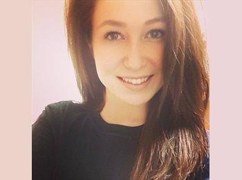 Christa - 20 - Student