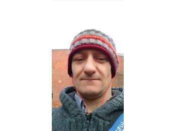 EasyRoommate UK - MR ANDREW  - 41 - Chichester