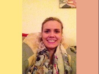 EasyRoommate UK - Deborah - 28 - Reading