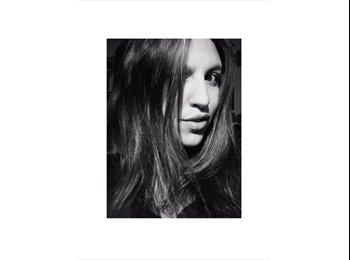 Valentina - 24 - Professional