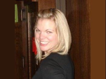 Kelsey - 33 - Professional