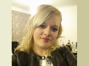 EasyRoommate UK - Amy-Louise - 22 - Chester