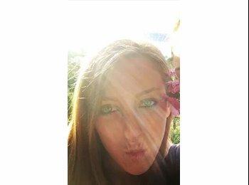 EasyRoommate UK - Raquel - 24 - Aylesbury