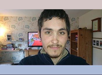 EasyRoommate UK - adam  - 26 - Cleethorpes