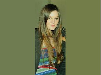 EasyRoommate UK - Julie - 25 - Bristol