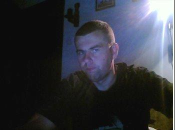 EasyRoommate UK - Piotr  - 32 - Leicester