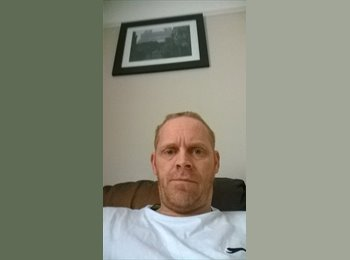 EasyRoommate UK - Richard  - 44 - Chelmsford