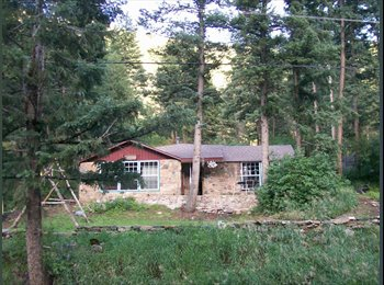 Female only to share cabin 7 minute from c470