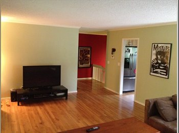 Unfurnished room near PCC and Lewis and Clark