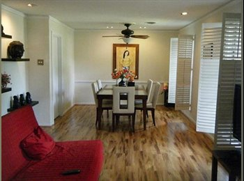 EasyRoommate US - CHEAP rent in an EXPENSIVE neighborhood!!!!! Hurry - Bellaire, Houston - $625