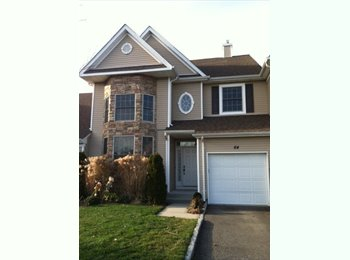 EasyRoommate US - ROOM FOR RENT IN OAKDALE/BOHEMIA - Other-Long Island, Long Island - $700