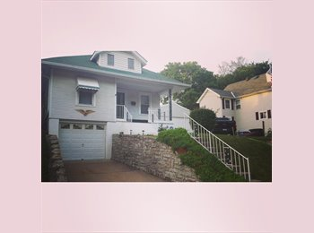 EasyRoommate US - Latonia house with spare room - Covington, Other-Kentucky - $400