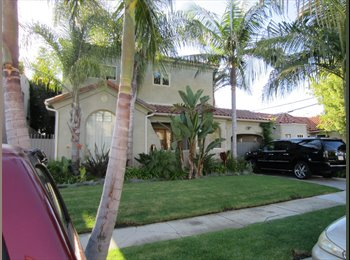 EasyRoommate US - Awesome House on Burnside - Miracle Mile District, Los Angeles - $1000