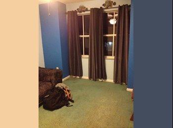 Room in Pembroke Pines