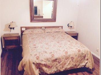 Beautiful Master Bedroom w/ Private Bathroom