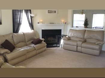 EasyRoommate US - Room in North Charleston home available ASAP - North Charleston, Charleston Area - $425