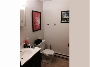 EasyRoommate US - 1 Room Sublet Available Immediately - Burlington, Burlington - $625