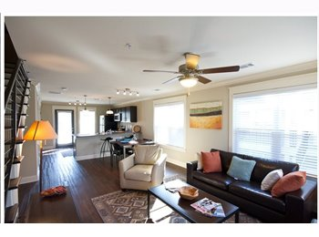 Sublease in a 2 bdroom.2.5 bthroom town home