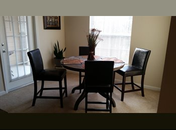 Share 2/2 Clean Spacious Apt.