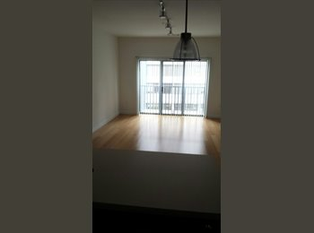 EasyRoommate US - Sectioned Living Room in 1 Bed Room (Paralell 41 S - Stamford, Stamford Area - $850