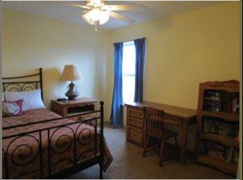 EasyRoommate US - furnished room in large house - Northwest Quadrant, Albuquerque - $450