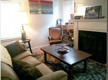 EasyRoommate US - Spacious Apartment available for sublease! - Manhattan, Other-Kansas - $520