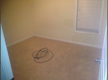 EasyRoommate US - Room for Rent - Fayetteville, Fayetteville - $500