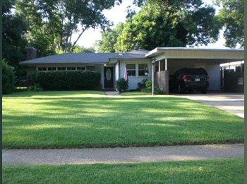 EasyRoommate US - Nice house in the suburbs - Shreveport, Shreveport - $400