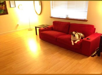 EasyRoommate US - Adorable duplex in Sellwood! - Yamhill, Portland Area - $548