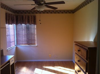 EasyRoommate US - Room for rent - Fullerton, Orange County - $560