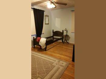 EasyRoommate US - Room for rent Omaha - North Omaha, Omaha - $400
