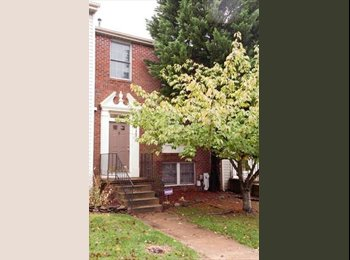 Roommate Needed 3 Story Townhouse (Odenton, Piney