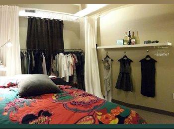 Cozy bedroom w/ private bathroom!