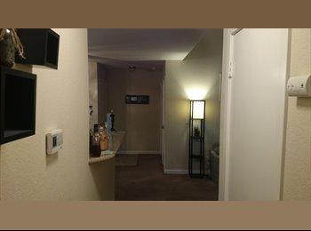 EasyRoommate US -  $850 Master bedroom in 2 bedroom 2 bathroom apt. (pittsburg / antioch) - Pittsburg, Oakland Area - $850