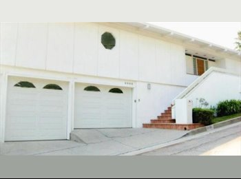 Big View! 60's Post & Beam Home in Fantastic Area!