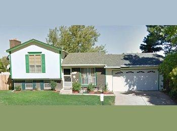 EasyRoommate US - Room Available quiet neighborhood - Aurora, Aurora - $500