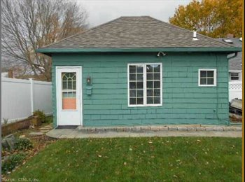 EasyRoommate US - Charming Beach Side Studio Cottage- Madison, CT - New Haven, New Haven - $1000