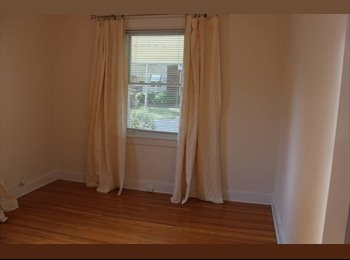 EasyRoommate US - Adorable house for a short time stay! - Louisville, Louisville - $550