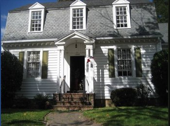 EasyRoommate US - bottom floor - Richmond Northside, Richmond - $700