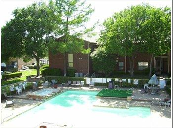 EasyRoommate US - TCU Area - 2 bdrm 2 1/2 bath - Downtown, Fort Worth - $1100
