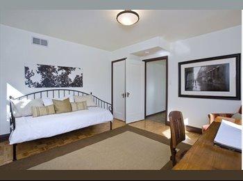 Private floor 2 bed space in beautiful Bernal