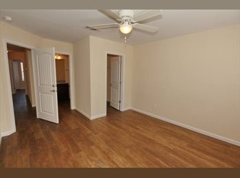 EasyRoommate US - Athens Ridge Bedroom for Summer 2015 sublease!! - Athens, Athens - $511