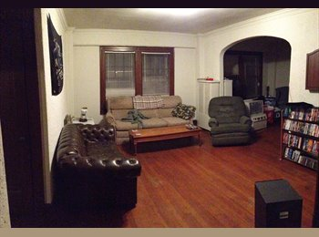 Room in 3BR, 2Bath on Eastside