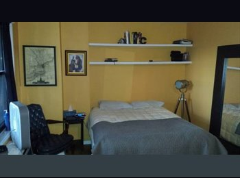 EasyRoommate US - AVAILABLE IMMEDIATELY - BIG BEDROOM on UES - Upper East Side, New York City - $1350