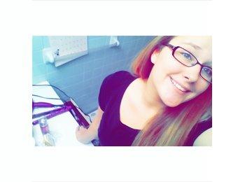 EasyRoommate US - Kristen - 18 - Fayetteville