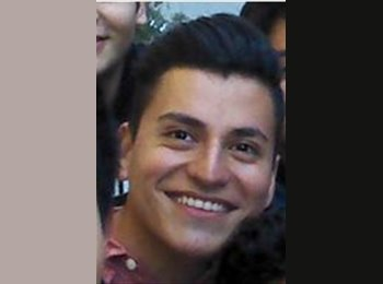 Tomas - 22 - Student