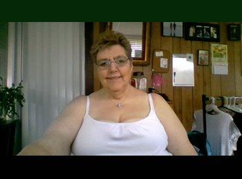 EasyRoommate US - Kathy - 63 - Northern California