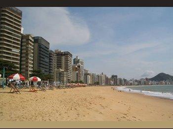 EasyQuarto BR - Divido Apê, Quarto de casal livre na Praia Itapoã - Vila Velha, Vitória e Região Metropolitana - R$700