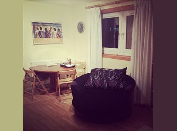 EasyRoommate UK - Double bedroom for 450/month-available immediately - Old Aberdeen, Aberdeen - £450