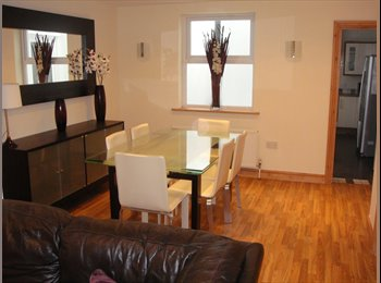 Weymouth Town Centre - Shared House - Newly Refurbished